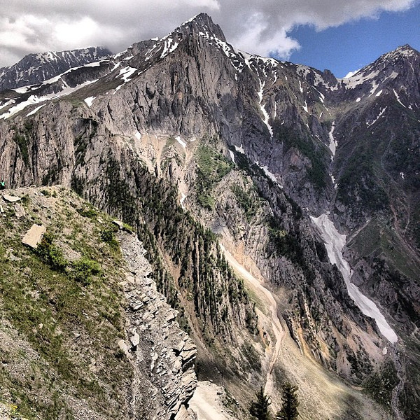 We like our road trips to be peppered with mountains -- raw mountains, up close and personal. This is Kashmir.