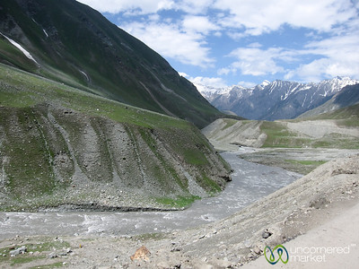 Kashmir Mountains and River - Srinagar to Leh Bus Journey