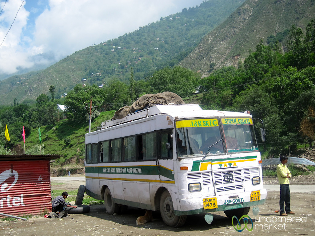 Our Super Deluxe Bus from Srinagar to Leh - India