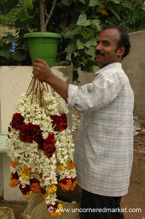 Flower Garland Man - Kollam, India
