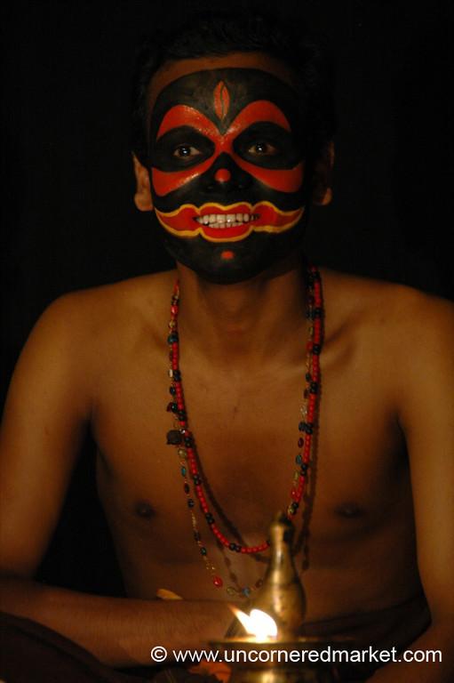 Spooky Face for Kathakali Dancing - Kochi, India