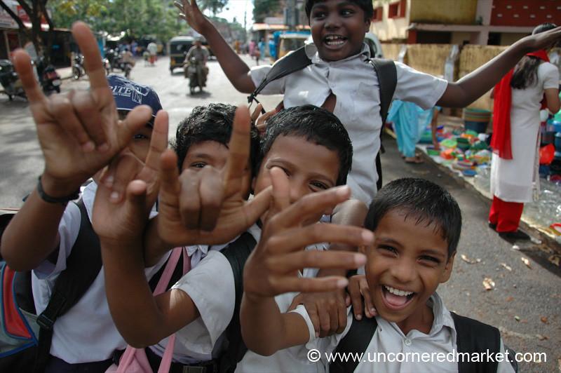Universal Hand Signals - Kochi, India