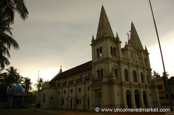 Santa Cruz Cathedral - Kochi, India
