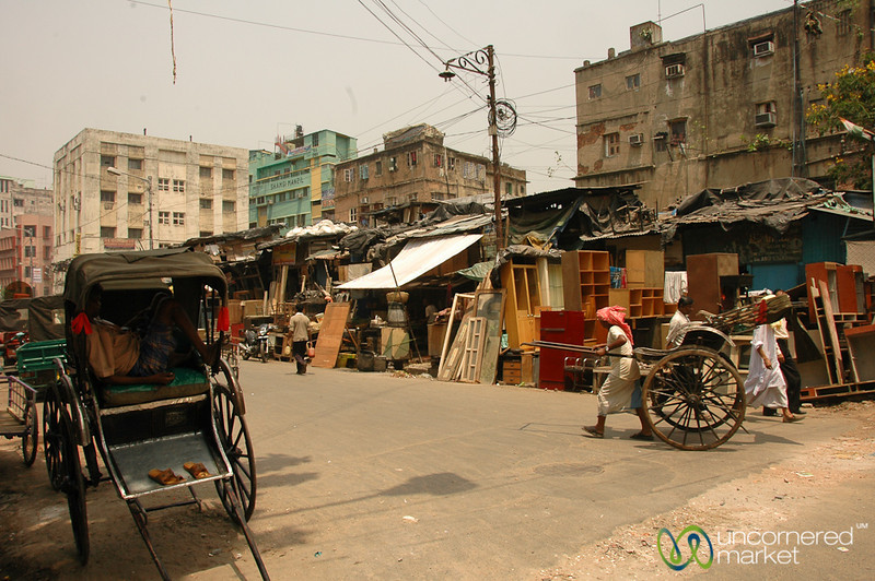 Makeshift Housing and Living - Kolkata, India