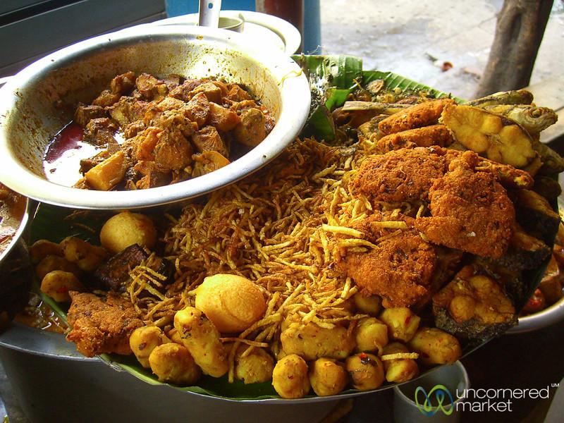 Street Snacks in Kolkata, India