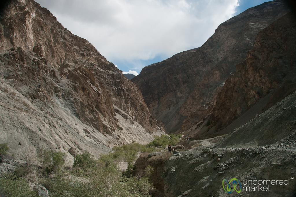 Valleys on the Way to Skyu Village - Ladkah, India