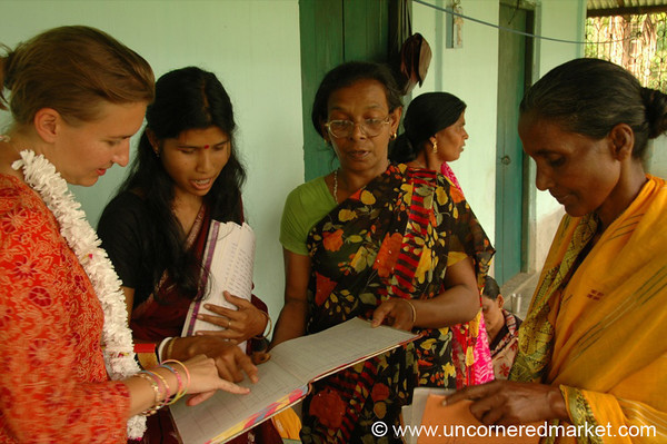 Audrey and Women in Microfinance Group - West Bengal, India