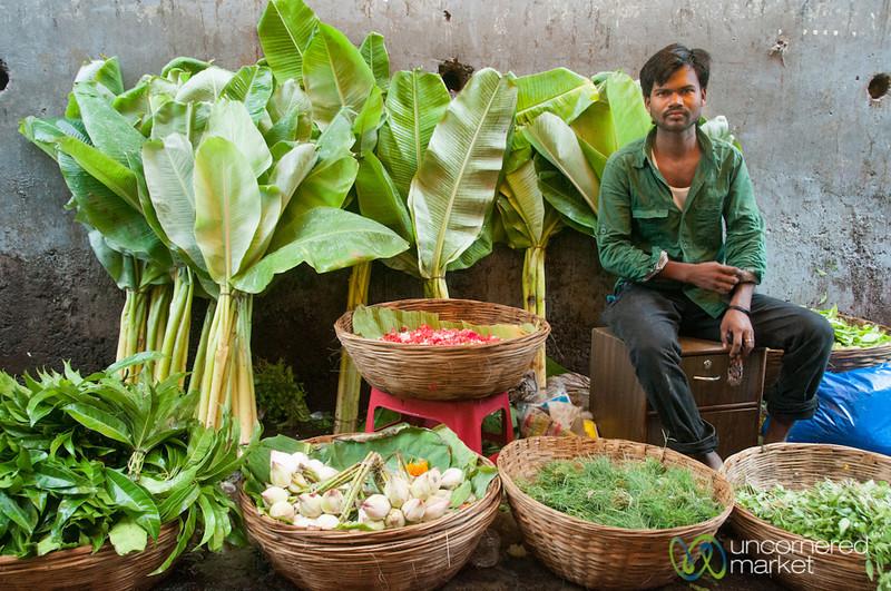 Dadar Flower Market, Selling Palms - Mumbai, India
