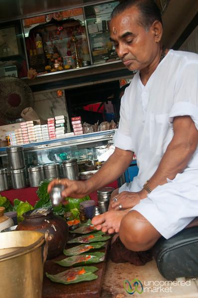 Paan Wala Near Khar Station, Mumbai