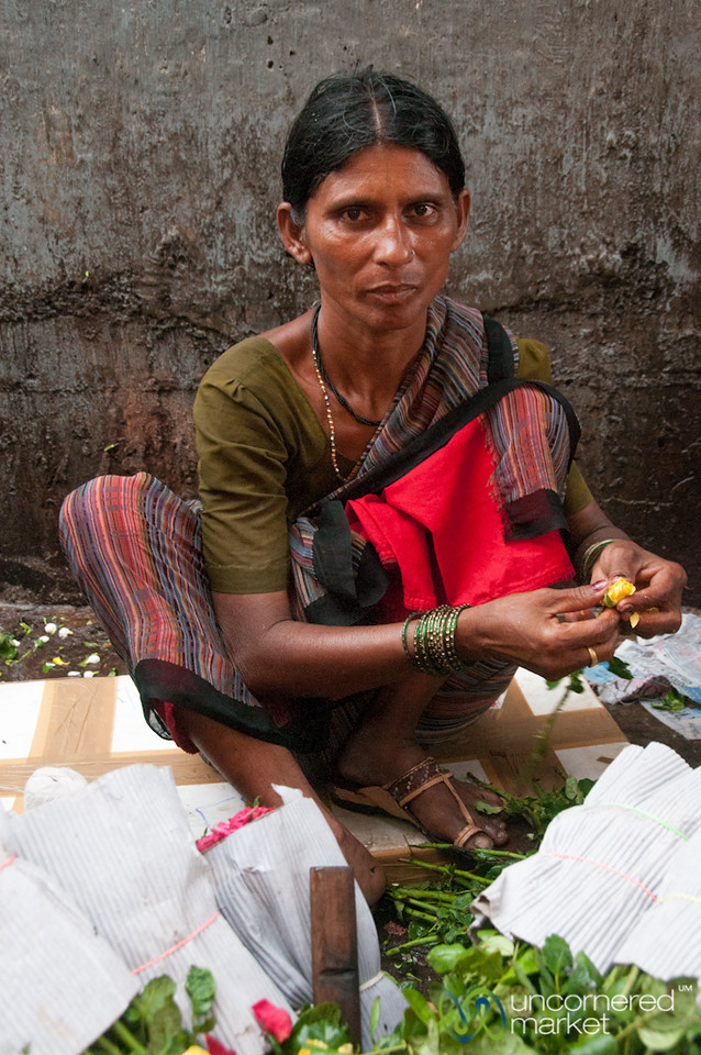 Rose Vendor at Dadar Flower Market - Mumbai, India