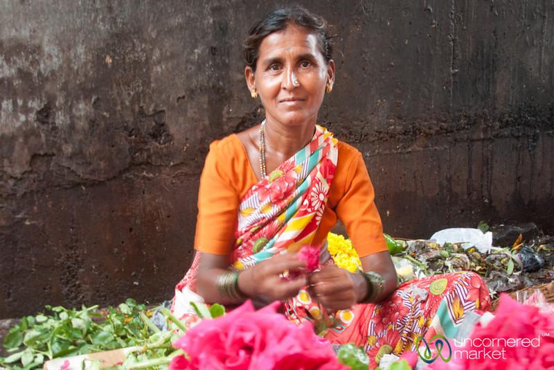 Dadar Flower Market, Rose Vendor - Mumbai, India
