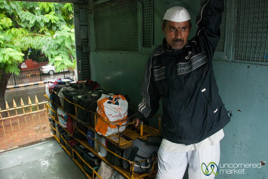 Dabbawalas Rides Mumbai Train with Lunches - India