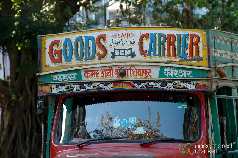 Colorful Truck Signs - Mumbai, India