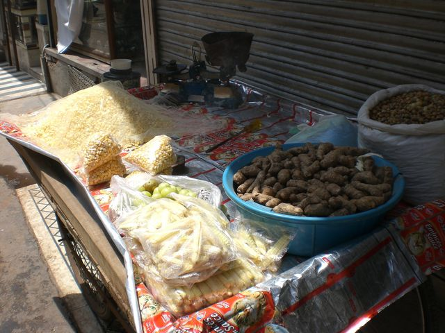 Potatoes for sale in Chandni Chowk Market, New Delhi.