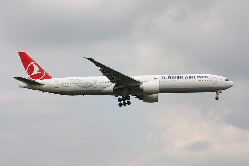 """VT-JEP Boeing 777-35RER """"Jet AIrways"""" c/n 35158 Heathrow/EGLL/LHR 13-09-14 """"THY c/s"""""""