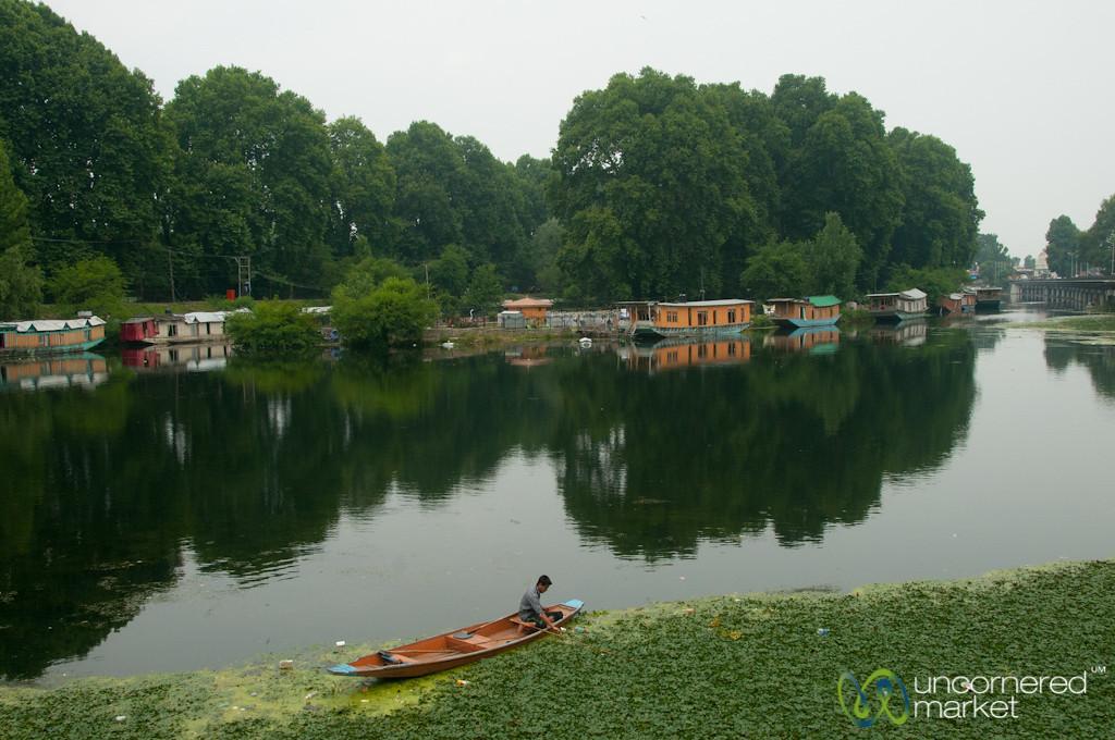 Houseboats and reflections at Dal Lake - Srinagar, India
