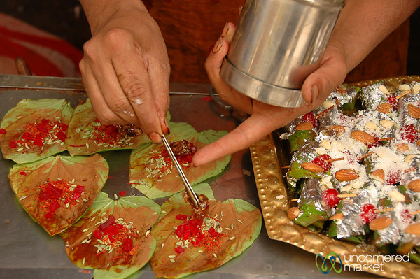 Preparing the Pan - Udaipur, India