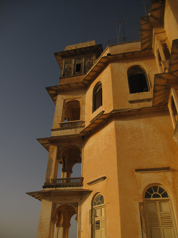 sunset at Monsoon Palace udaipur