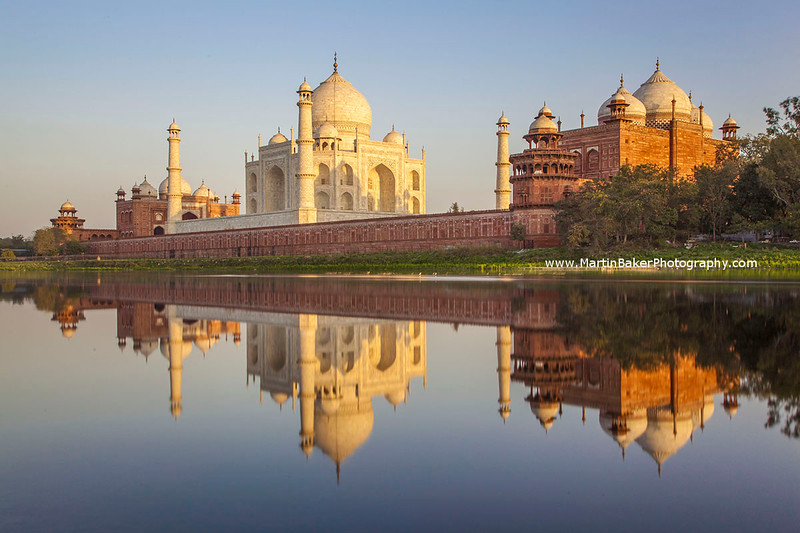 Taj Mahal and Yamuna River, Agra, India.