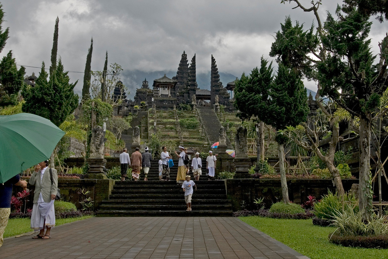 Worshipers at Mother Temple of Besakih in Bali, Indonesia