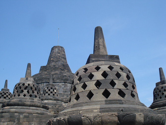 Main Stupa and Smaller Stupas