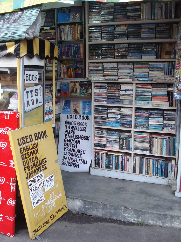 Second hand books for sale on Jalan Jaksa