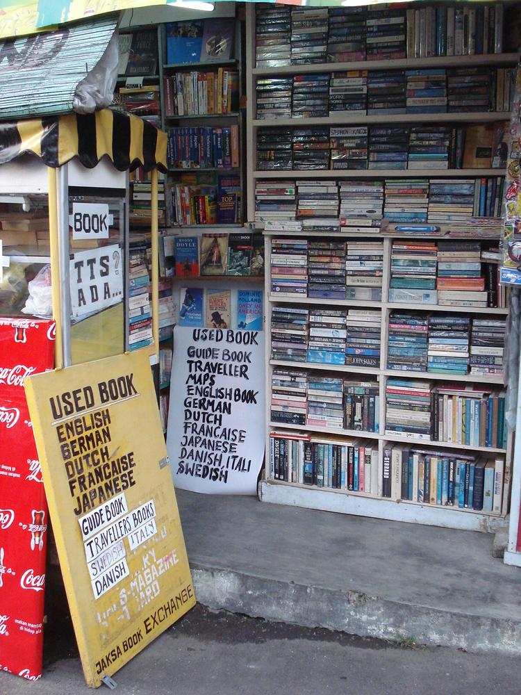 Second hand books for sale on Jalan Jaksa