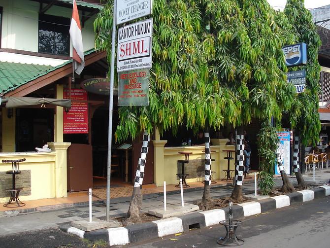 Cafe on Jalan Jaksa