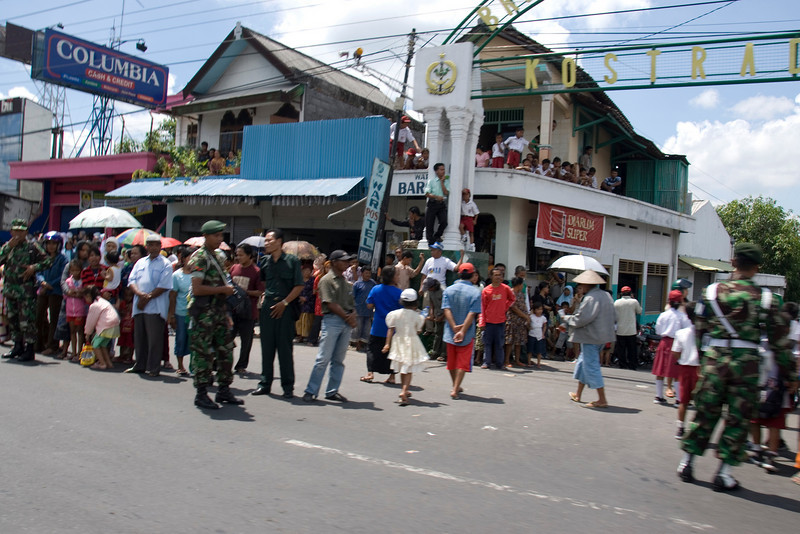 Military personnel organizing the Suharto funeral route in Java, Indonesia