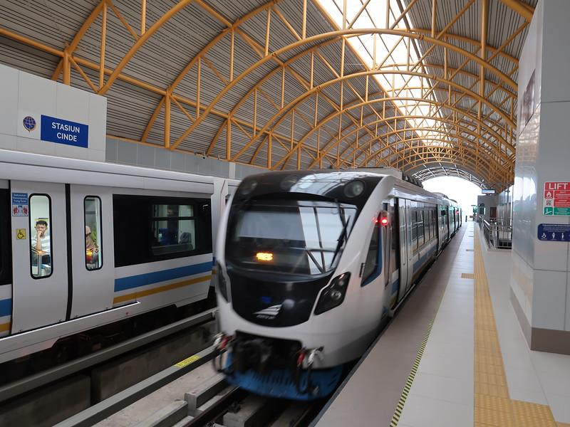 Trains at Cinde Station