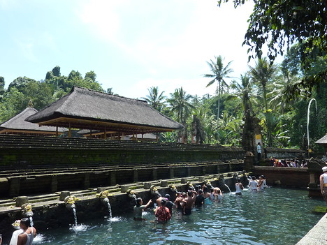 Bathing Pools, Tirta Empul Bali - Indonesia