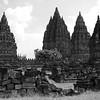 "Candi <a target=""NEWWIN"" href=""http://en.wikipedia.org/wiki/Prambanan"">Prambanan</a>, Central Java, Indonesia"