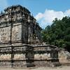 """<a target=""""NEWWIN"""" href=""""http://en.wikipedia.org/wiki/Mendut"""">Candi Mendut</a>, Yogyakarta, Indonesia"""