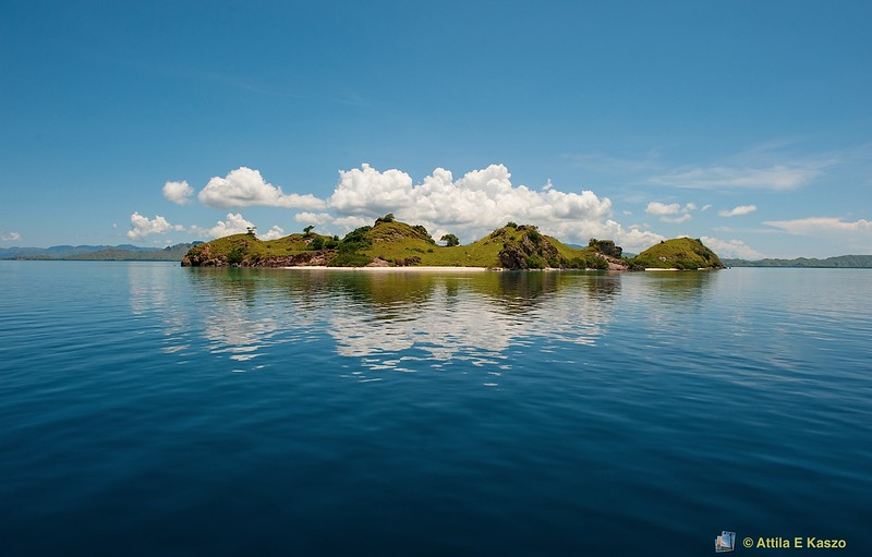 Mauan Is., Flores, Indonesia