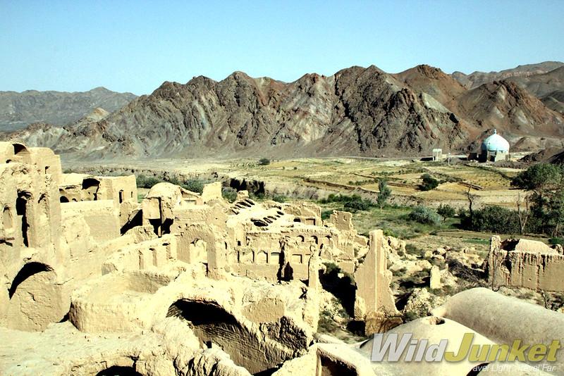 The abandoned mud brick city of Kharanaq
