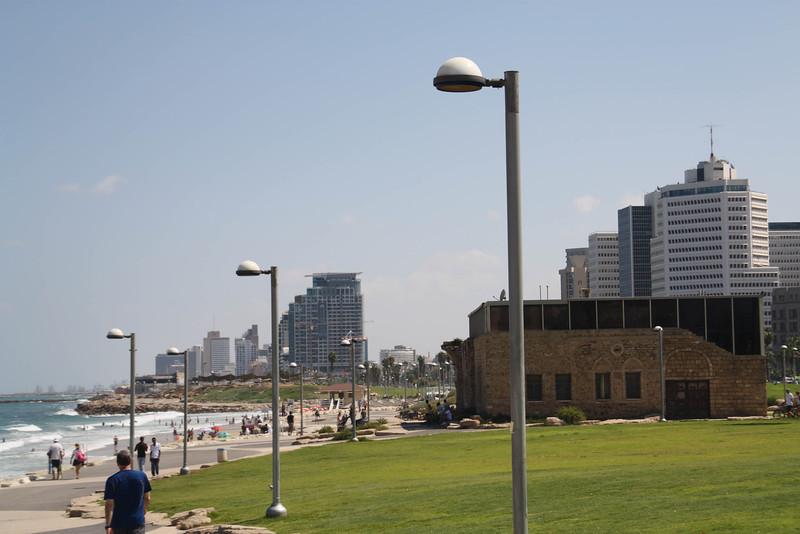 Tayelet (boardwalk), Tel Aviv