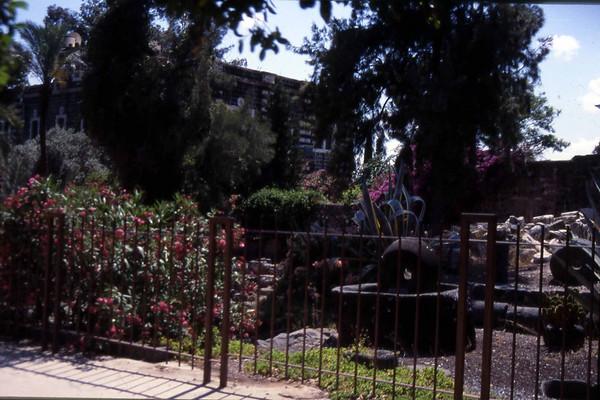 Fra området nær Holocaust-museet i vest-Jerusalem. Holocaustmuseet var en sterk og fin opplevelse på sitt vis, området rundt behandlet med verdighet og stil. (Foto: Geir)
