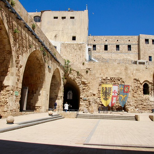 4 Day Road Trip in Israel – Biblical Sites, Ruins, Castles & Humus