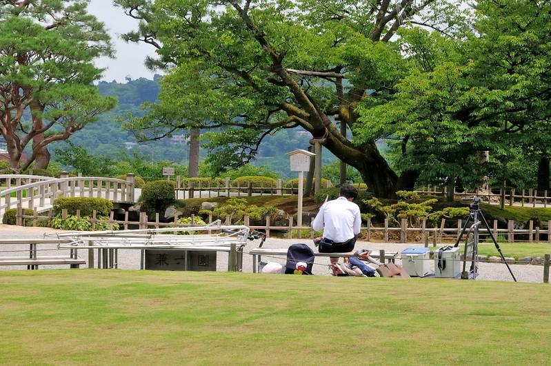 Waiting for the next tourist group - Kenroku-en Garden - Kanazawa, Japan