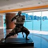 Statue in Kowloon shopping center - Hong Kong