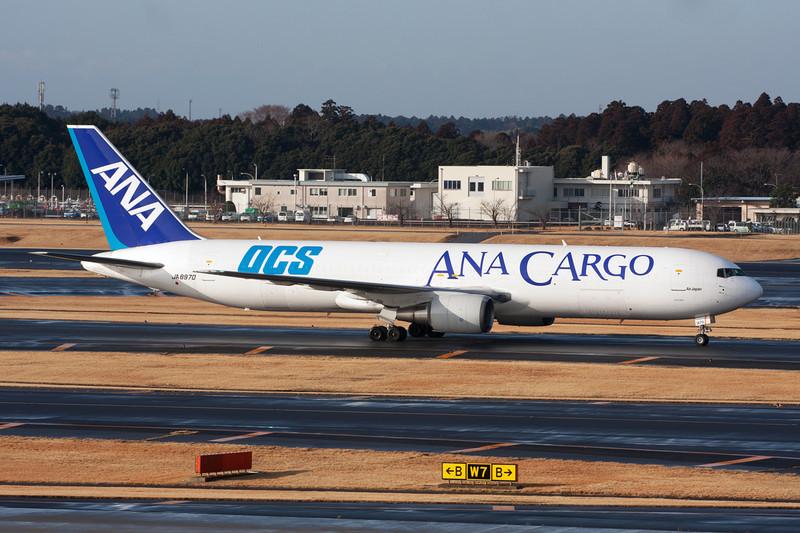 "JA8970 Boeing 767-381ERBCF c/n 25619 Tokyo-Narita/RJAA/NRT 25-02-11 ""OCS"""