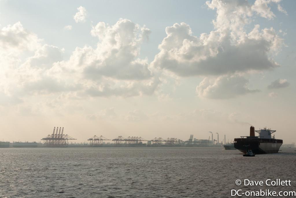 Massive port