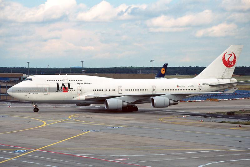 JA8909 Boeing 747-446 c/n 26353 Frankfurt/EDDF/FRA 10-07-96 (35mm slide)