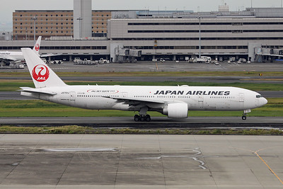 "JA701J Boeing 777-246ER c/n 32889 Tokyo-Haneda/RJTT/HND 20-10-17 ""JAL Sky Suite  777"""