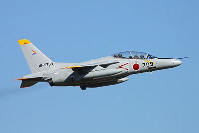 "36-5709 Kawasaki T-4 ""JASDF"" c/n 1109 Iruma/RJTJ 26-10-17"