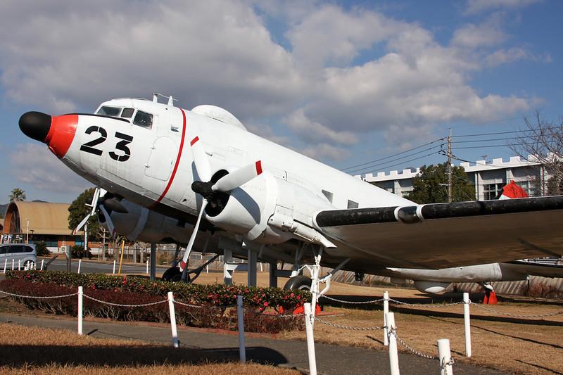 "9023 (23) Douglas DC-3 R4D-6Q ""JMSDF"" c/n 16347 Kanoya/RJFY 16-01-14"