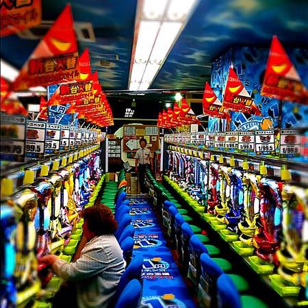 Pachinko parlor, where Japan goes to gamble...with BBs - Kanazawa, Japan #dna2japan #gadv