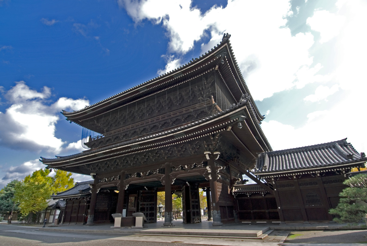 Elaborate art details on Higashi Honganji Temple Gate in Kyoto, Japan