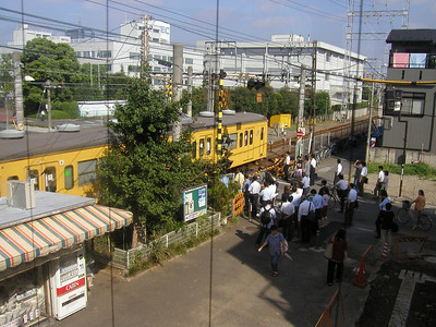 Morning rush, Mukaigawara Station on Nambu LIne for NEC Electronics Aug 2002