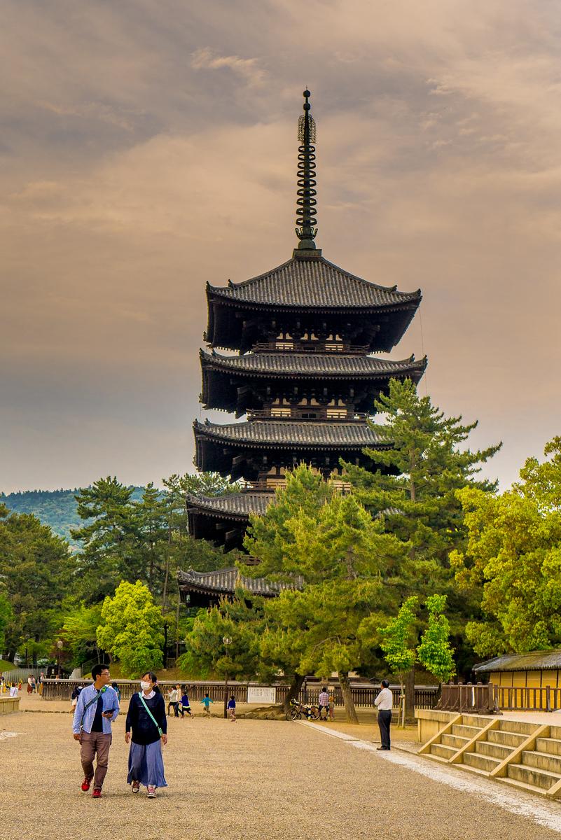 sunset Kofuku-ji Temple